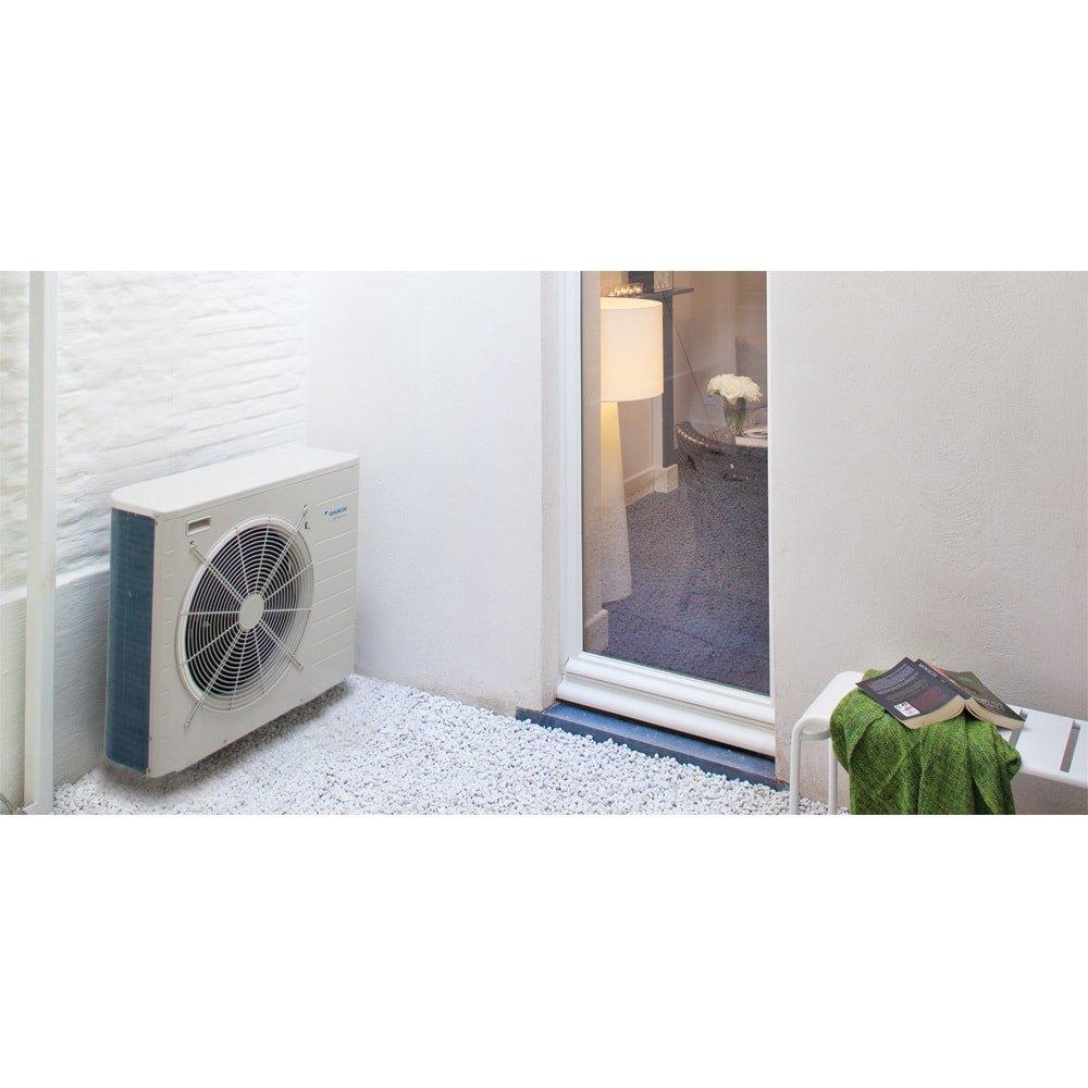 Тепловой насос - система внутри и снаружи (12 кВт)