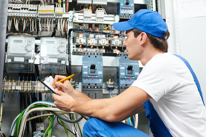 Обслуживание трансформаторных подстанций и электрооборудования